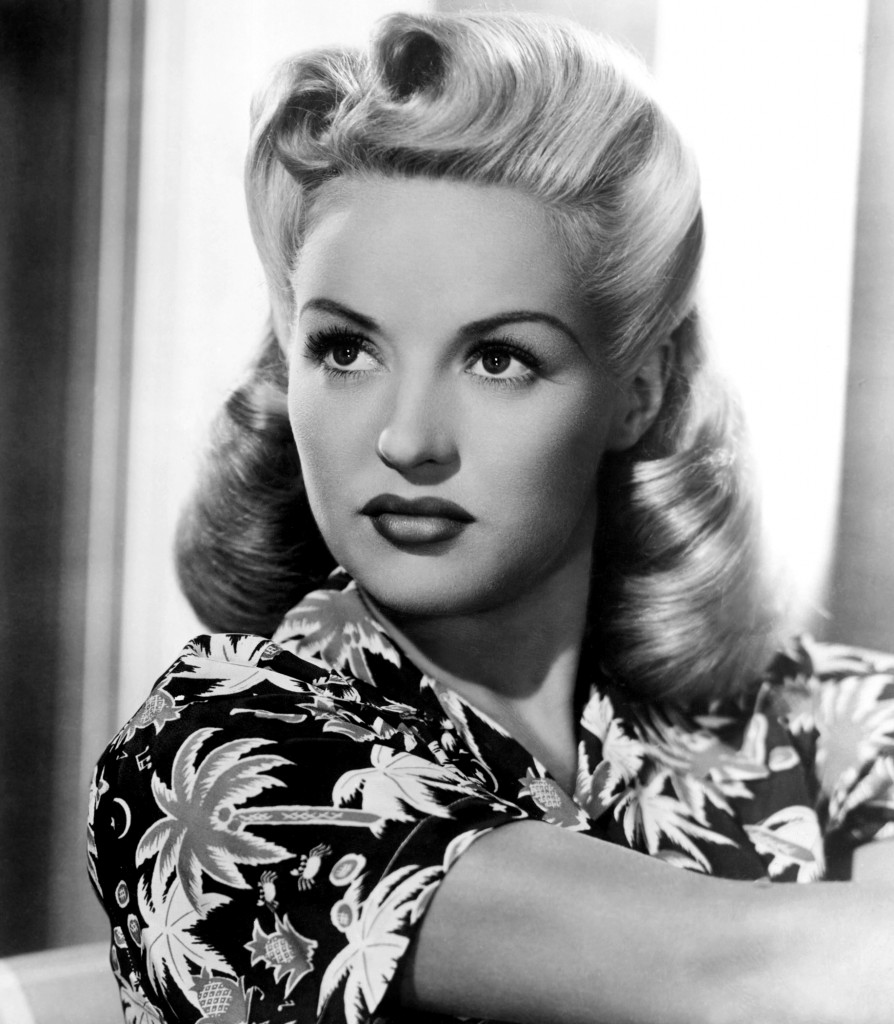 Betty Grable Pin-Up Victory Rolls Tutorial
