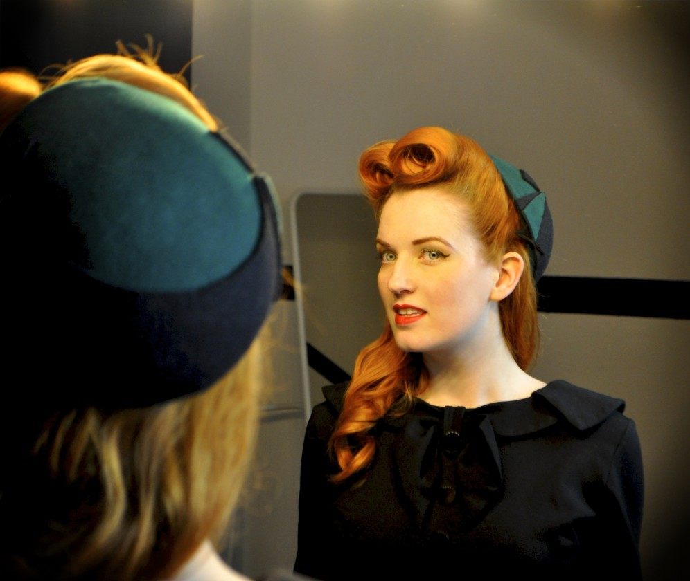 Pin-Up Victory Rolls Tutorial