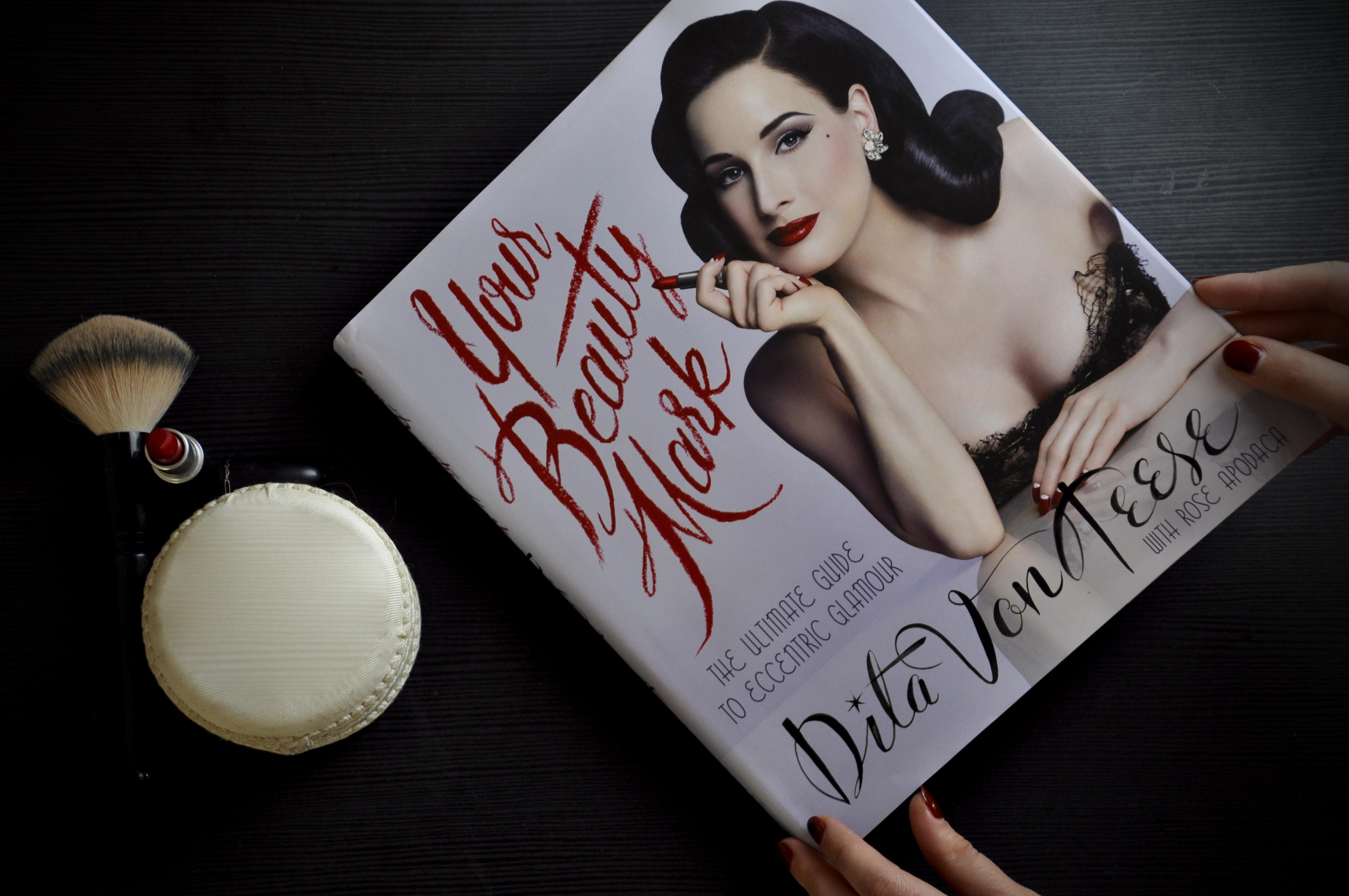 Dita von Teese Buch Cover